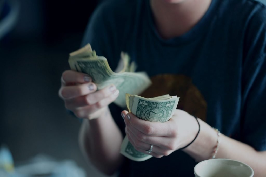 counting-money