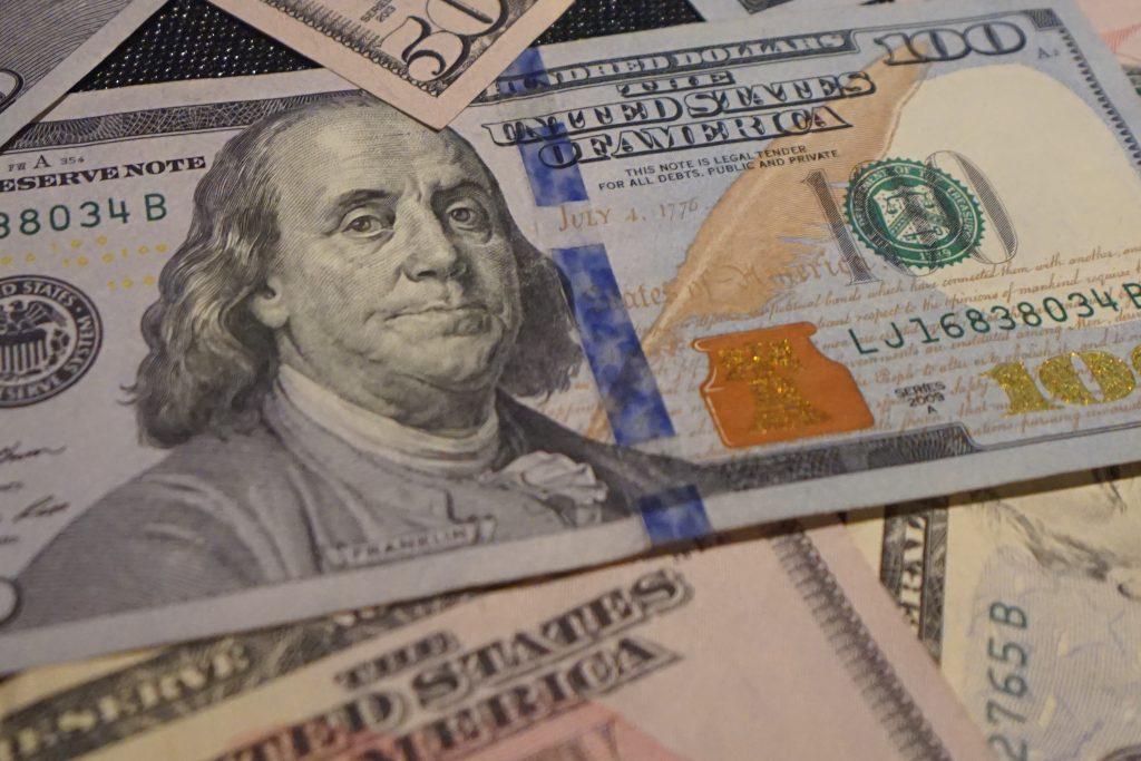 stimulus check 100 us dollar bill